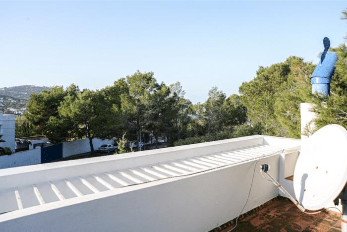 35 Dachterrasse m Ausblick zur Bucht